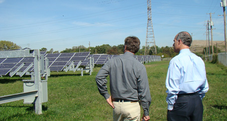 Senator Casey tours the Exelon-Conergy Solar Energy Center
