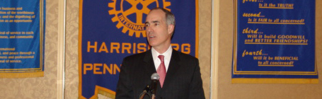 Senator Casey speaks at the Harrisburg Rotary Club